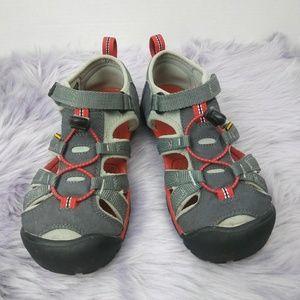 Keen big kids unisex sandals water shoes size 4